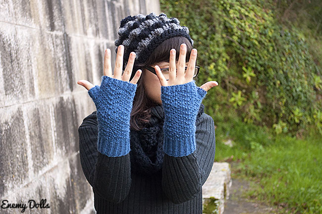 Raw Honey Mittens, link to pattern