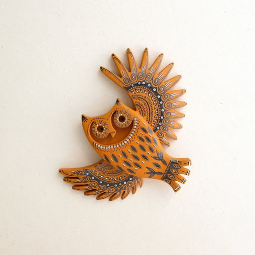 ******* Owl-Brooch-Pin-Cherry-Wood