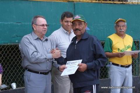 Luz Mario Román