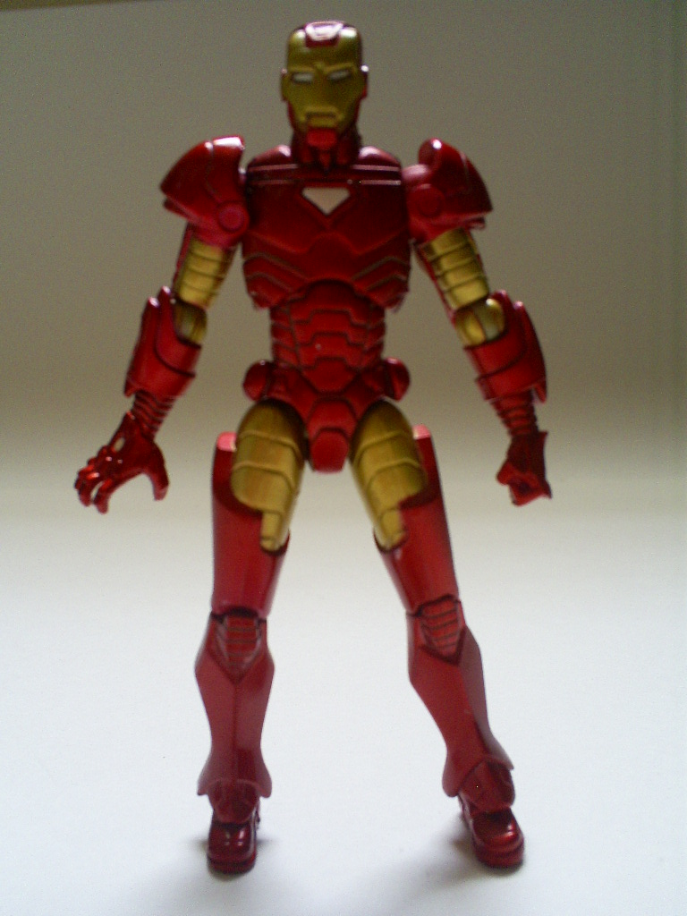 That Figures: REVIEW: Marvel Universe's Iron Man (Extremis ...