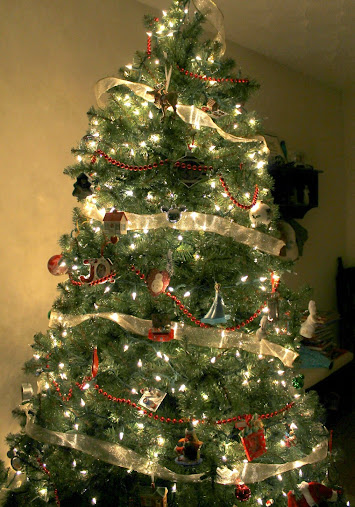 Our family Christmas tree decorated with Hallmark Keepsake Ornaments - Capture Memories With Hallmark Keepsake Ornaments