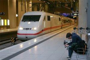 kereta7 10 Kereta Api Tercepat di Dunia
