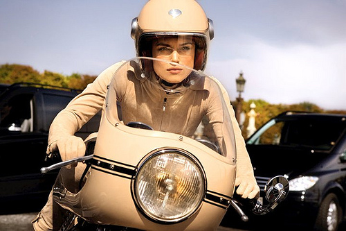 keira knightly on a ducati cafe racer return of the cafe racers. Black Bedroom Furniture Sets. Home Design Ideas