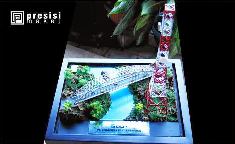 contoh jasa pembuatan maket tower isat souvenir surabaya