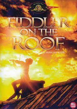Người chơi vĩ cầm trên mái nhà