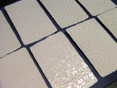 手漉きで一枚漉き和紙名刺に白ギラインクで入れる柄の種類