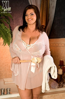 Maria Moore_Cumming Clean_1