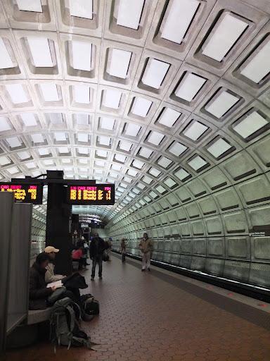 ワシントンの地下鉄の構内
