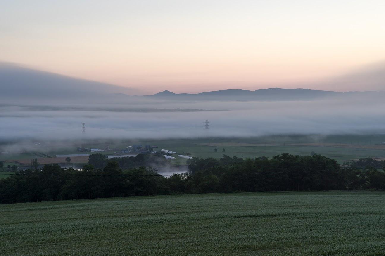 夜明け前の雲海