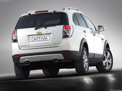 2012 Chevrolet Captiva premium SUV coming in India in 2012