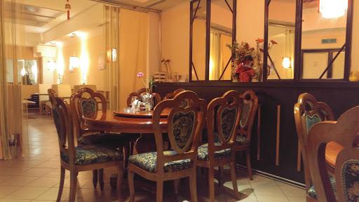 Lucky Bamboo Asia Restaurant in Perg, Doktor-Schober-Straße 15, 4320 Perg, Österreich, Sushi Restaurant, state Oberösterreich