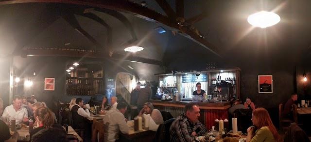 Longhorns Barbeque Steakhouse