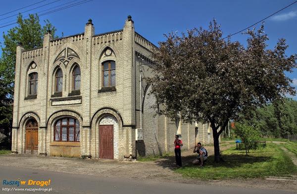 dawny dom towarowy w Tujsku