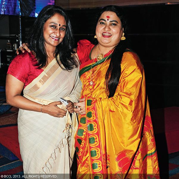 Kukku Parameswaran and Bindu Panicker during Vinu Mohan, Vidya's wedding reception held in Kerala.