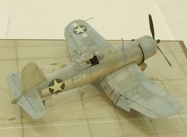 Vought F4U Corsair model photo