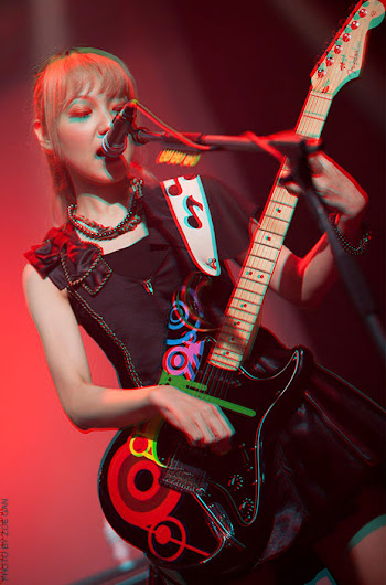Scandal in 3D MAMI_4_NEW
