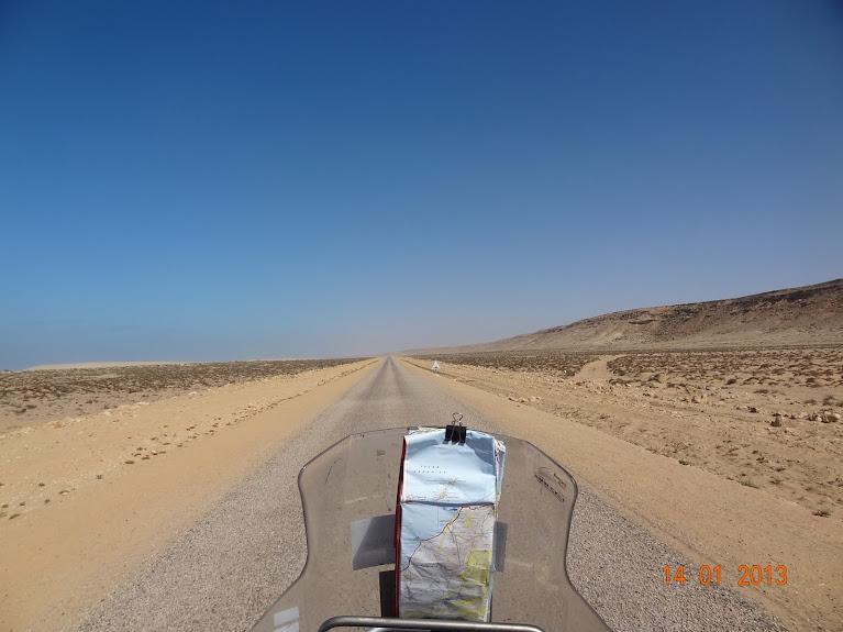 Marrocos e Mauritãnia a Queimar Pneu e Gasolina - Página 5 DSC05824