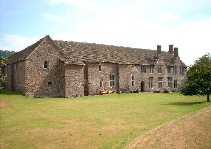 Tretower Court Manor House.jpg