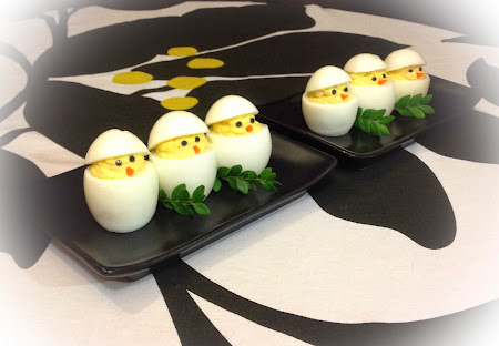 Jajka faszerowane kurczaczki
