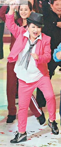 薛家燕入行多年,經驗豐富,在今年《歡樂滿東華》中便潮跳馬舞。(資料圖片)