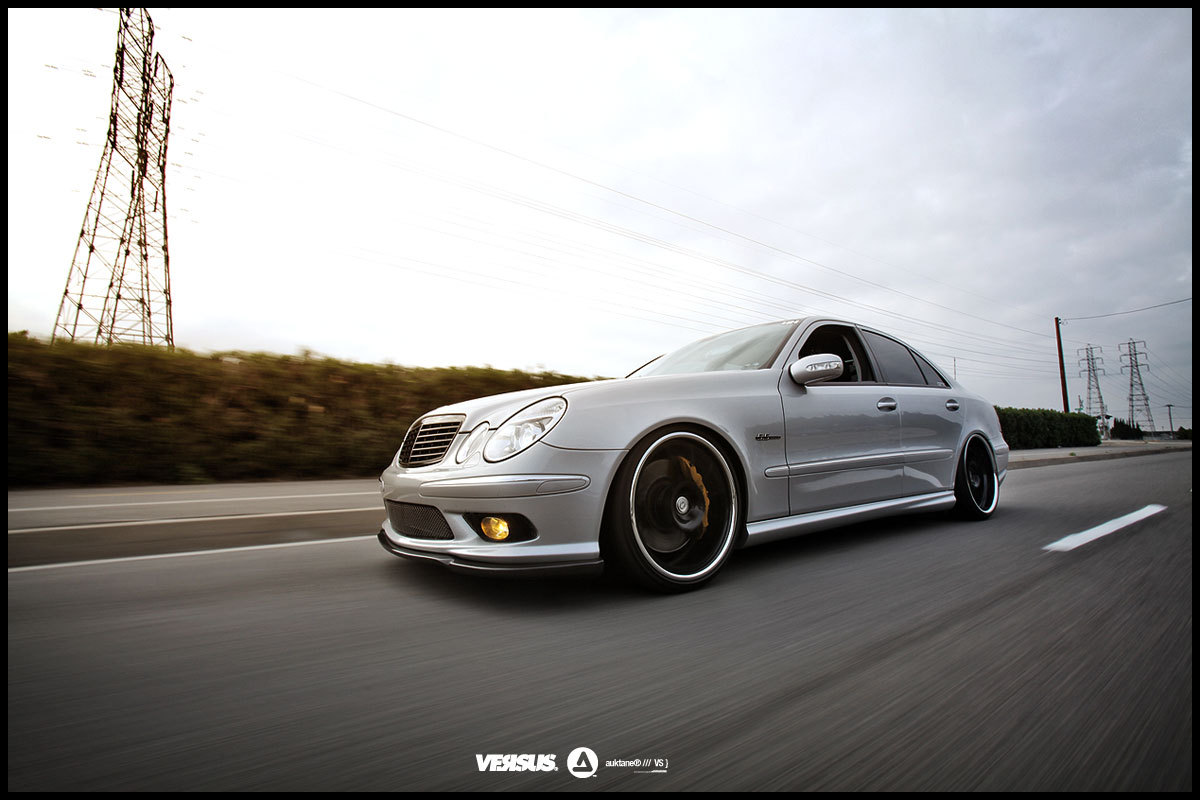 mercedes benz e55 amg w211 silver on black benztuning. Black Bedroom Furniture Sets. Home Design Ideas