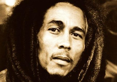 Bob Marley and the Wailers – Live Forever (2011)