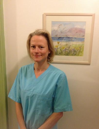 Dr Margaret Hill GDC reg: 74674