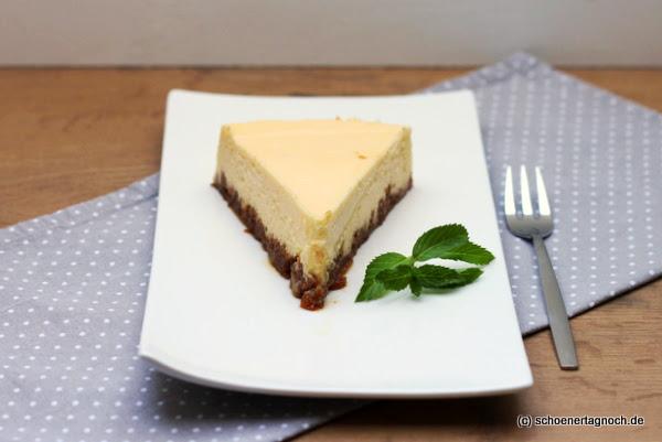 American Cheesecake mit Amaretti-Boden