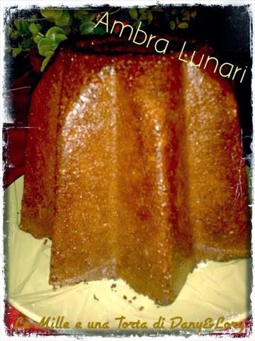 pandoro con zucchero di canna, aromatizzato al brandy