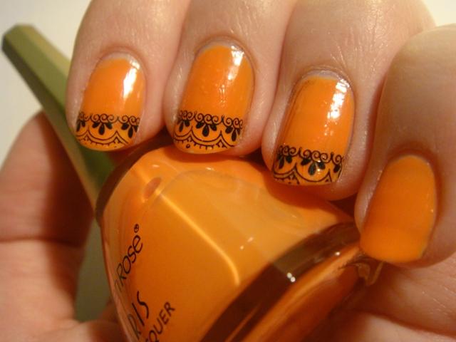 turuncu desenli oje