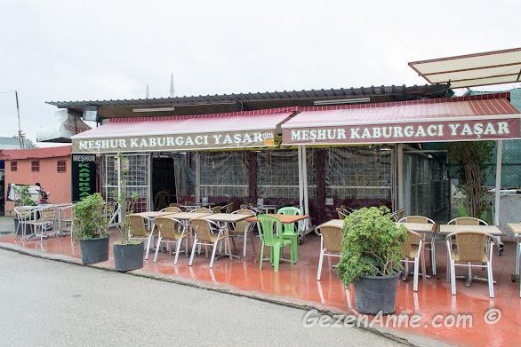 Adana'daki Kaburgacı Yaşar Usta'nın dıştan görünümü