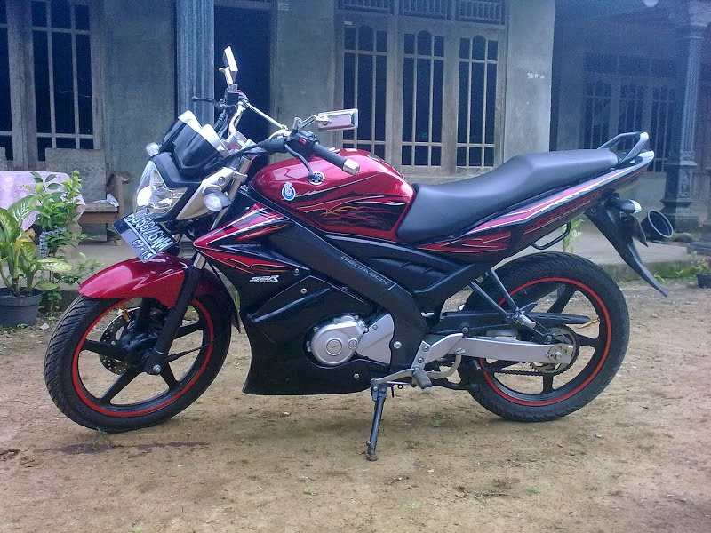 Yamaha New Vixion Modifikasi Street Fighter