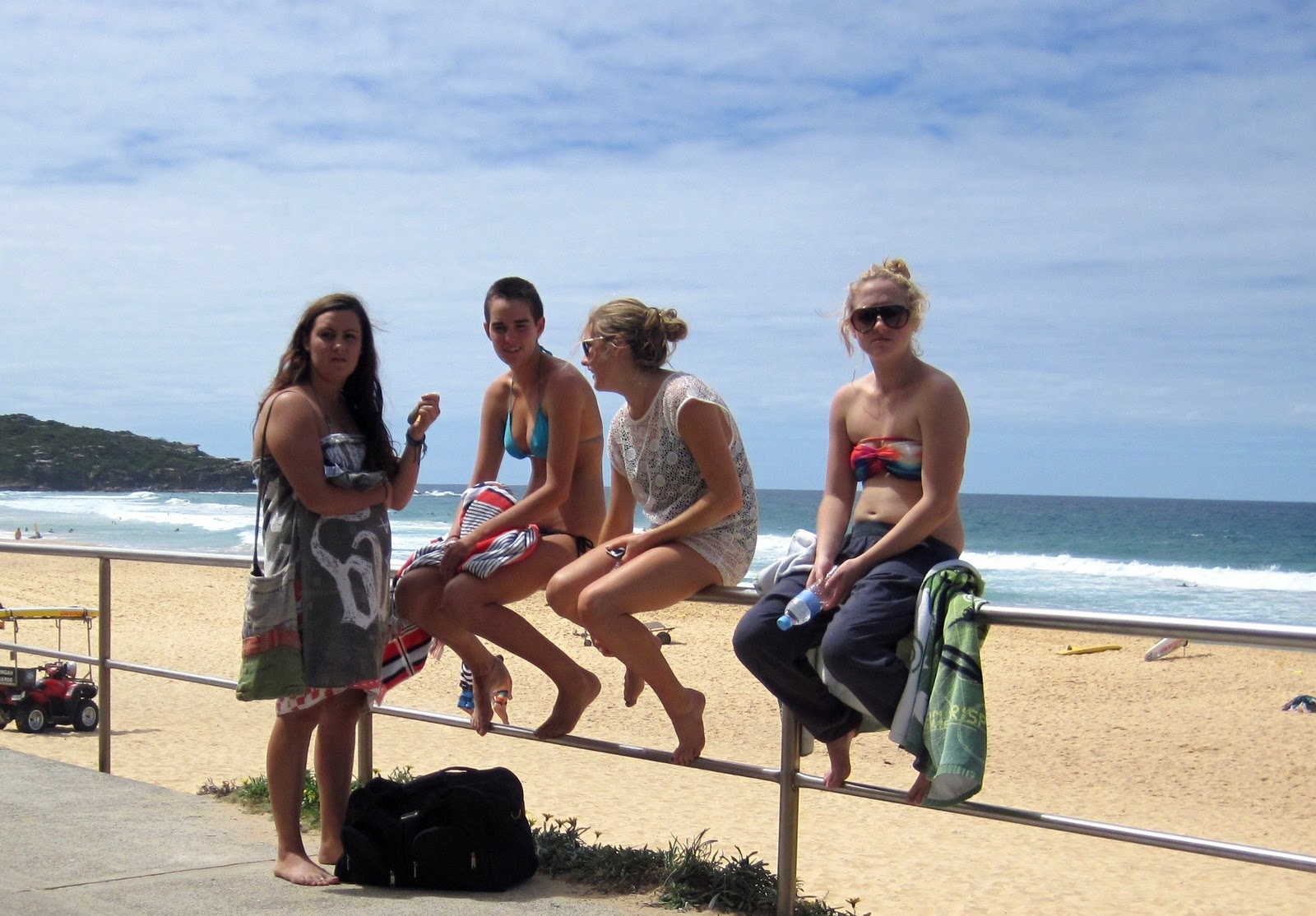 Sydney beaches girls
