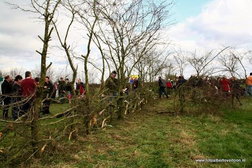 nk Maasheggenvlechten Oeffelt 11-03-2012 (9).JPG