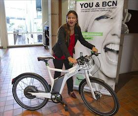 Barcelona tendrá un servicio turístico de bicis eléctricas guiadas con iPhone