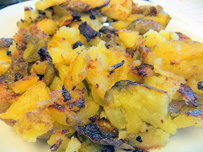 Smashed potatoes with olive oil and cumin