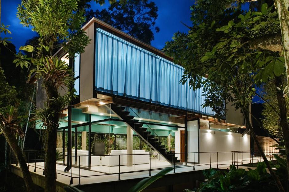 Iporanga House design by Nitsche Arquitetos Associados