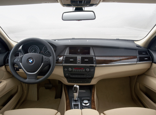 Bmw automobiles bmw x5 2001 interior for Bmw x5 interior