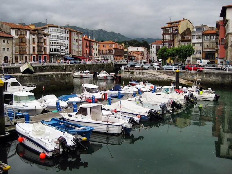 Hafen von Llanes