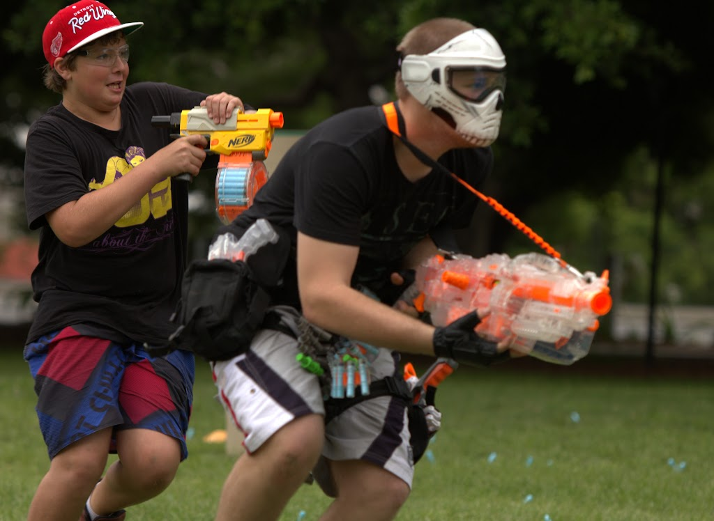 Kelvin Grove war pictures: December 18th   Picture heavy... Nerf%2Bwar%2B101