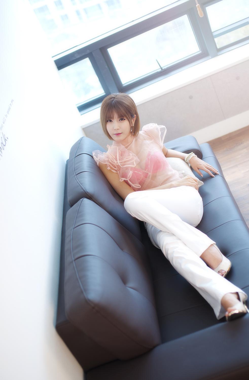 See Through Blouse! Sexy Heo Yun Mi (허유á ...: xemledhot.blogspot.com/2012/03/see-through-blouse-sexy-heo-yun-mi...