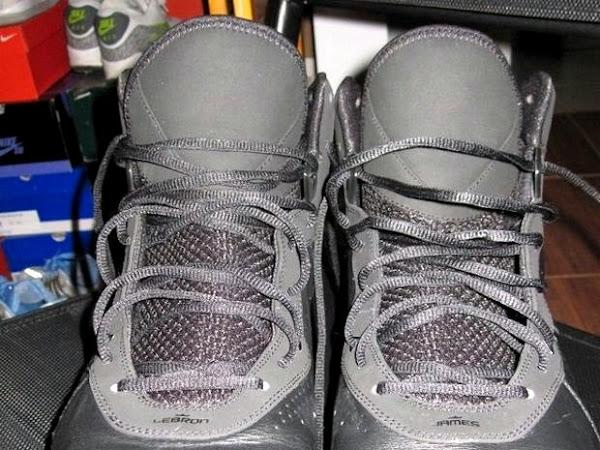 Nike Air Max LeBron 8 V1 8220Triple Black8221 Wear Test Sample