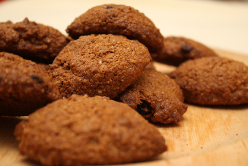 Oat and raisins cookies