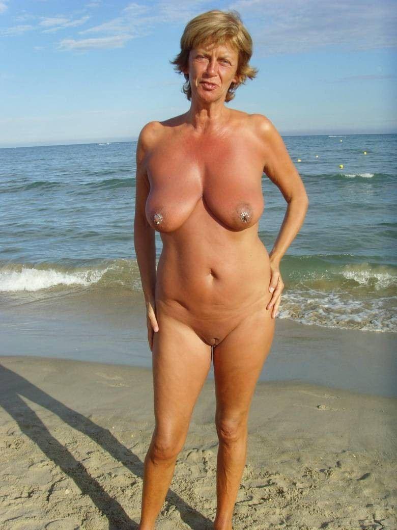 nudist nude