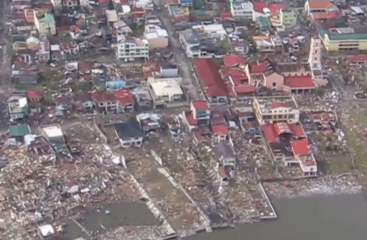 VIDEO-Aerial-View-caused-by-Typhoon-Yolanda-in-Tacloban