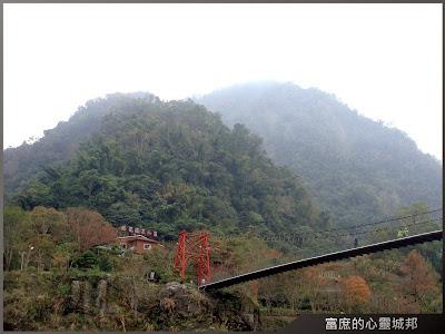 騰龍溫泉山莊-吊橋