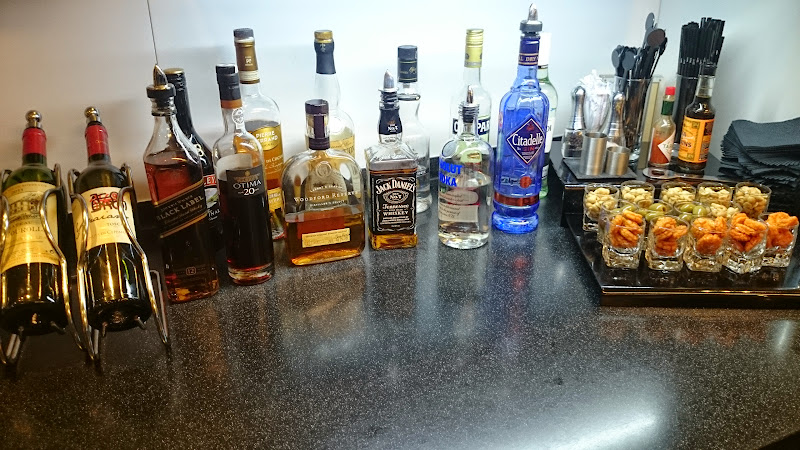 DSC 4569 - REVIEW - The Lounges of LHR T3 - EK, CX and BA (September 2014)