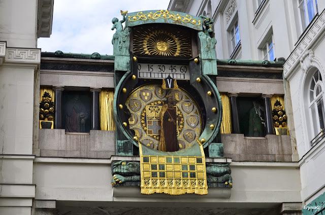 secesyjny zegar