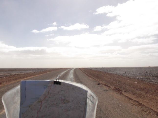 Marrocos e Mauritãnia a Queimar Pneu e Gasolina - Página 9 DSCF1072