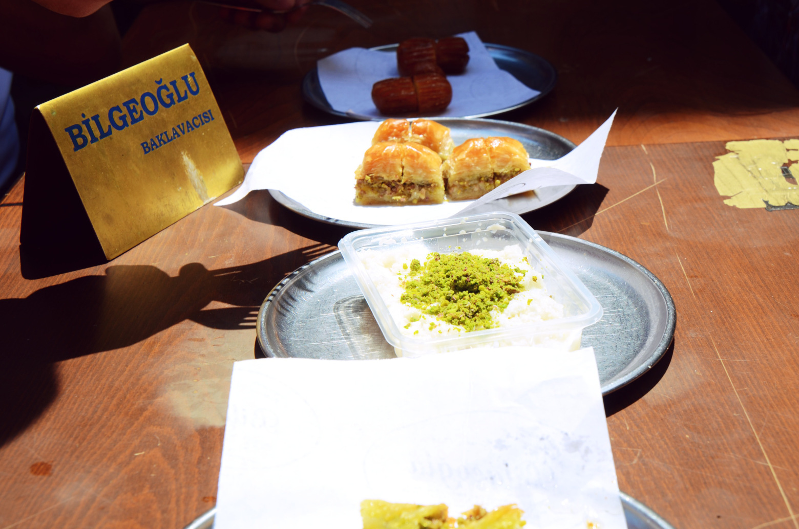turkish dessert with pistachio on top